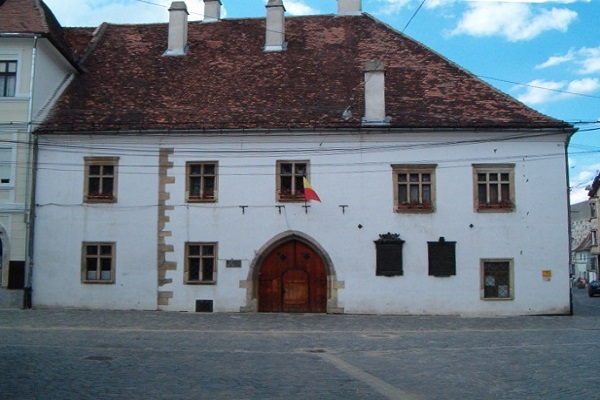 Obiective turistice Cluj-Napoca: Casa Matia Corvin